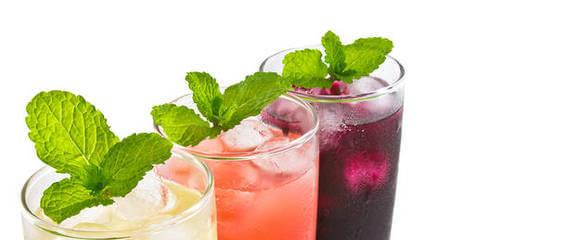 Gesunde Getränke: Erste Trink-Hilfe: Coole Hitze-Durstlöscher ...